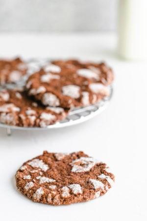 Keto Chocolate Crinkle Cookies