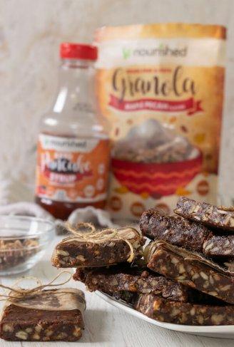 Low Carb Maple Almond Granola Bars